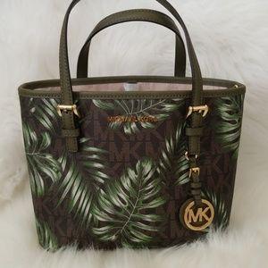 c04f87e7481a ... reduced michael kors bags salemichael kors jet set travel xs leather  tote e8e9e 0a203